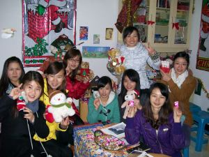 Time to enjoy the Christmas decorations!  My 3rd year students, my first Chinese guests.