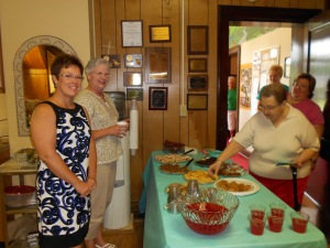 Afterward Sunday worship, we enjoyed fellowship with coffee, punch, and desserts