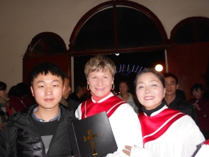 Christmas Eve, I was surprised by one of my former students, Justin (Ji Hao), who came to see the choir performance.