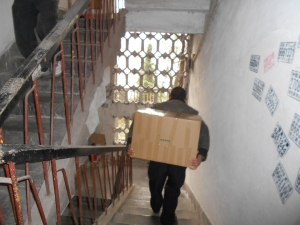 The campus workers worked tirelessly trekking up and down my stairwell to move all my things.