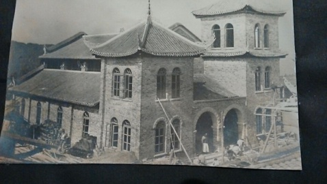The Luzhou Protestant Church, almost finished in 1913
